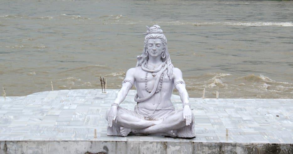 Iśwara-pranidhana i Iśa Upaniszada, czyli kilka słów o Śiwie. Nina Budziszewska