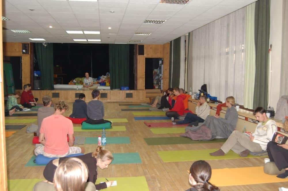 Joga - seminarium z Maciejem Wielobobem