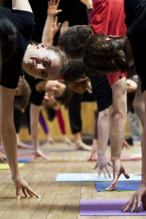 O asanach, pozycjach jogi. Anna Wojdak