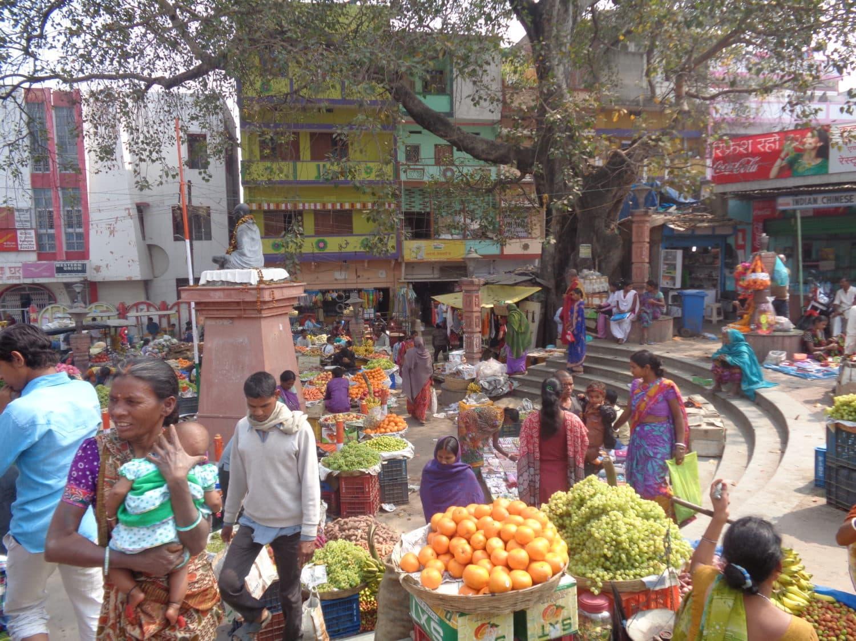 Indie z miłością i śmiechem. I to jest moc Indii! ~ Piotr Bielski