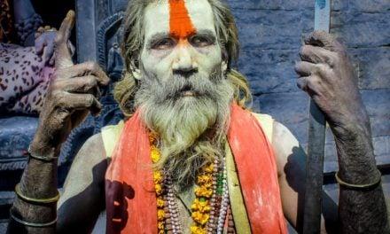Guru, władza, sex… Jak rozpoznać prawdziwego guru?
